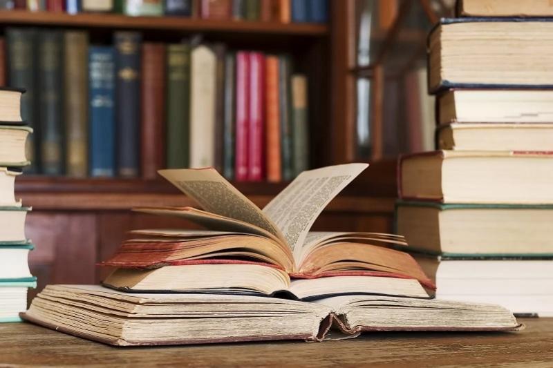 Современная казахская литература будет переводиться на фарси