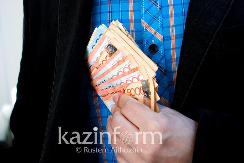 Аким одного из районов Костанайской области признался в получении взятки