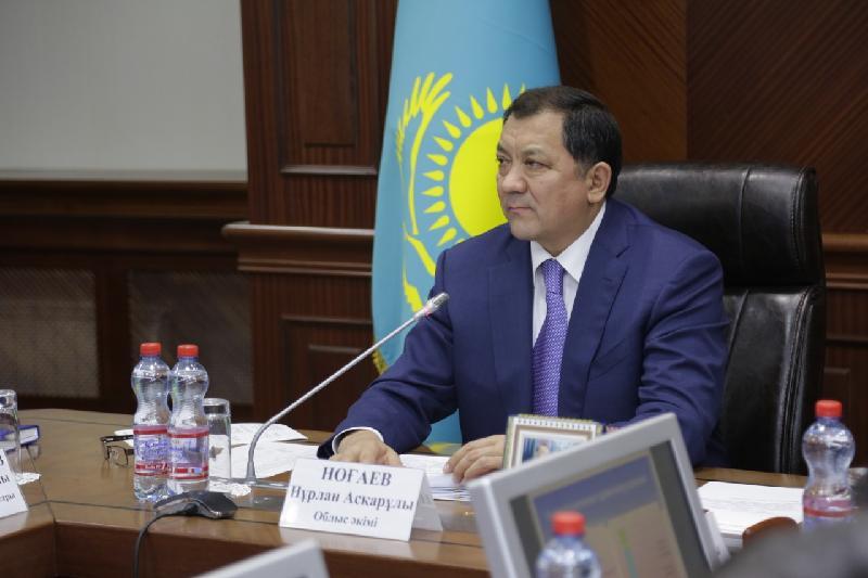 Своевременно реагировать на жалобы населения поручил аким Атырауской области