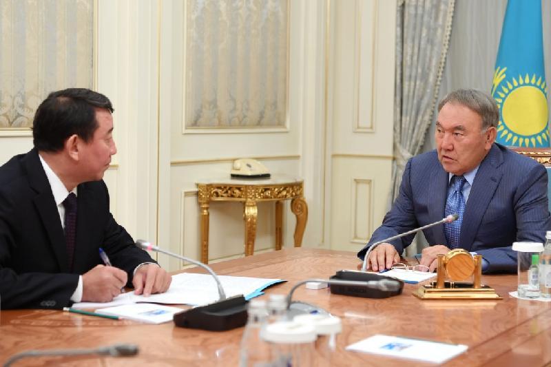 Нұрсұлтан Назарбаев Қауіпсіздік кеңесінің хатшысын қабылдады