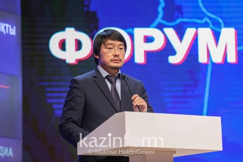 Вечернюю рекламу на ТВ могут сократить в Казахстане