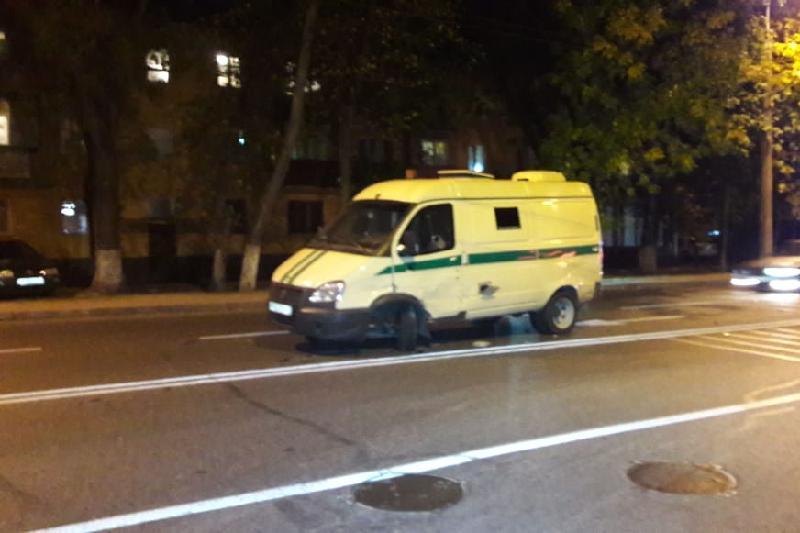 Инкассаторская машина попала в ДТП в Алматы