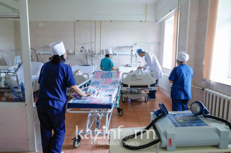 Президент поручил выделить 27 млрд тенге на оснащение районных больниц