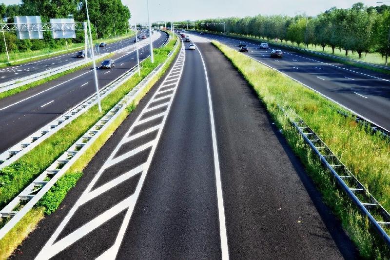 国情咨文:截止2020年国家一级道路将覆盖全国各地