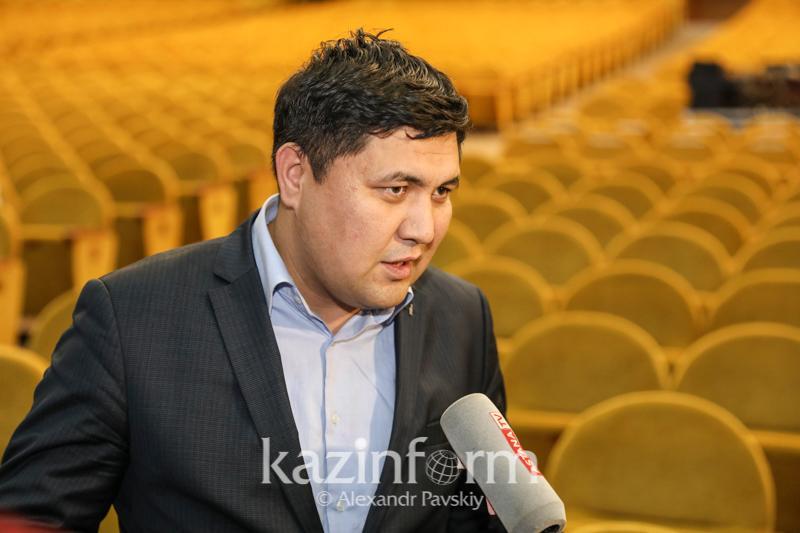 Президент знает настроение молодежи - общественник Даурен Бабамуратов