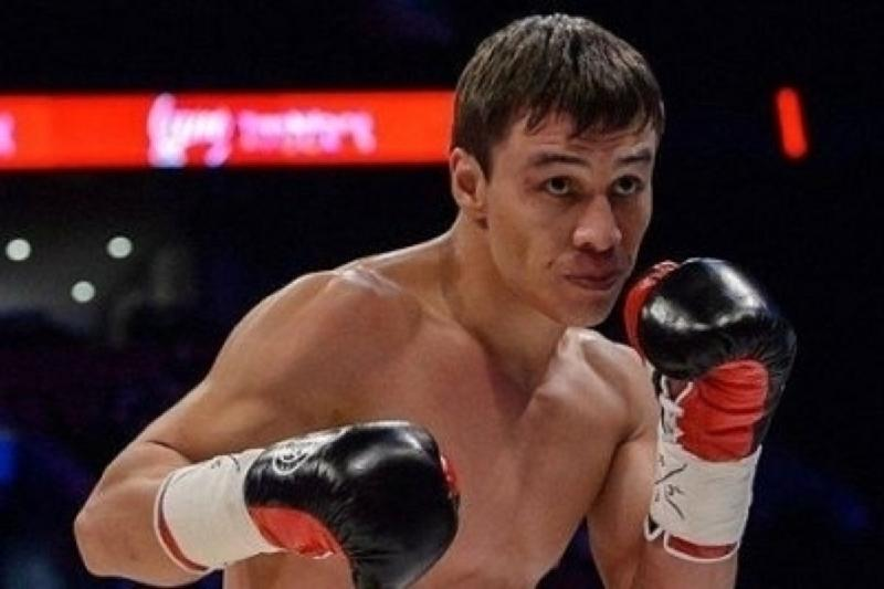 Батыр Жүкембаев мексикалық танымал боксшыны нокаутқа жіберді