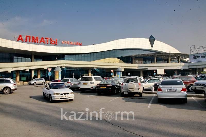 3500 пассажиров пытались пронести в самолет запрещенные предметы в I полугодии в Алматы