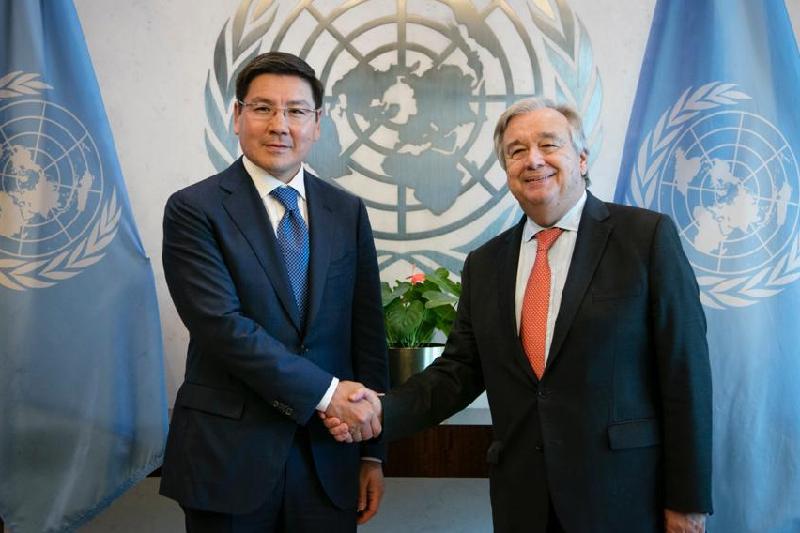 副总理朱马哈利耶夫会见联合国秘书长古特雷斯
