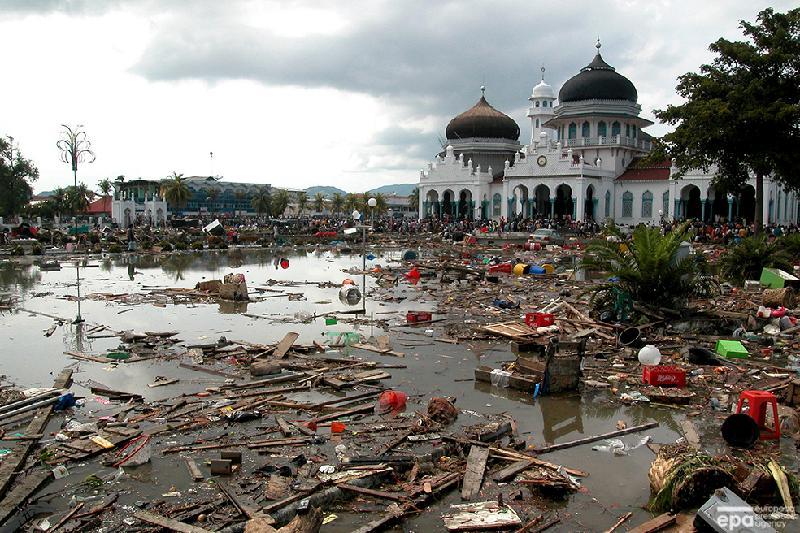 Сулавеси: почти 2 000 жертв