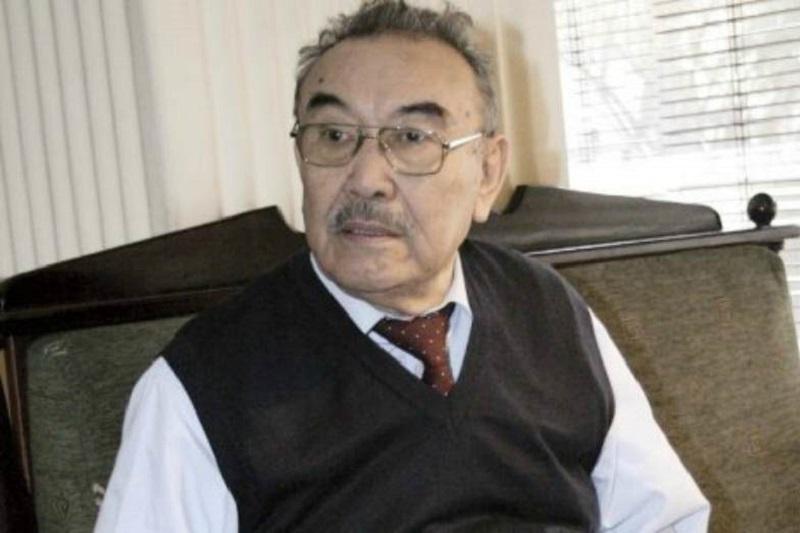 Қазақтың бір топ қаламгері Шерхан Мұртаза туралы естеліктерін жариялады