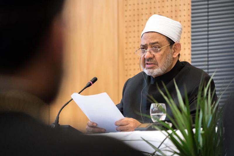 Әл-Азхардың Бас имамы: Терроризмді ешбір дін ойлап тапқан жоқ