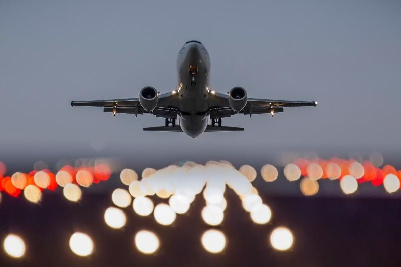 新年期间国内各大航空公司计划增加航班次数