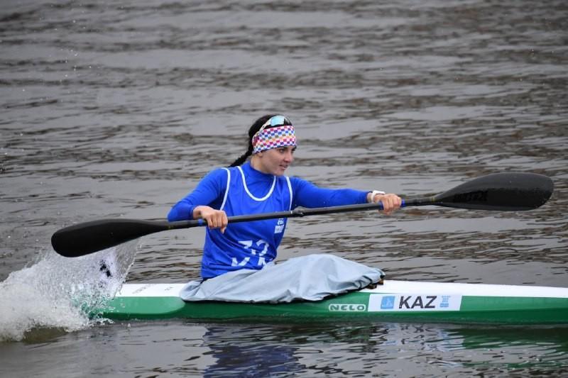 Казахстанка принесла третью медаль на юношеских Олимпийских играх