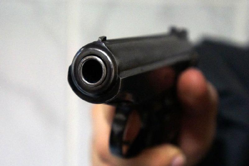 Хулиганы стреляли в пассажирский автобус в Шымкенте