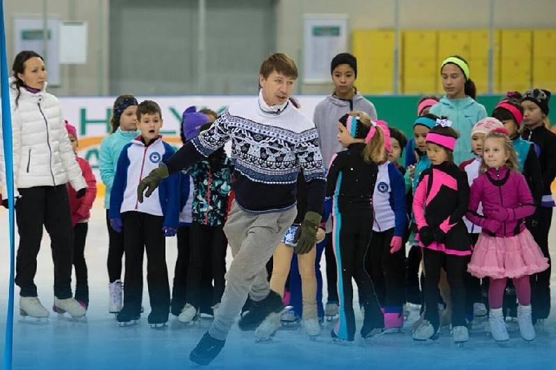 Legendary figure skater holds master class in Almaty