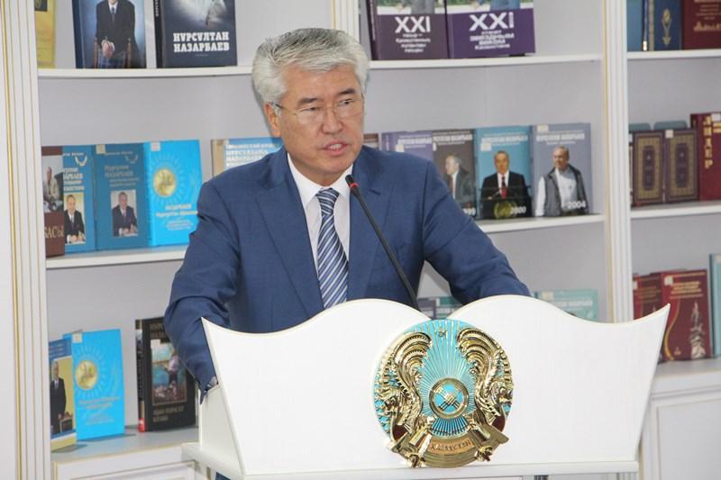 Астанада жаңа латын графикасындағы тұңғыш газет таныстырылды
