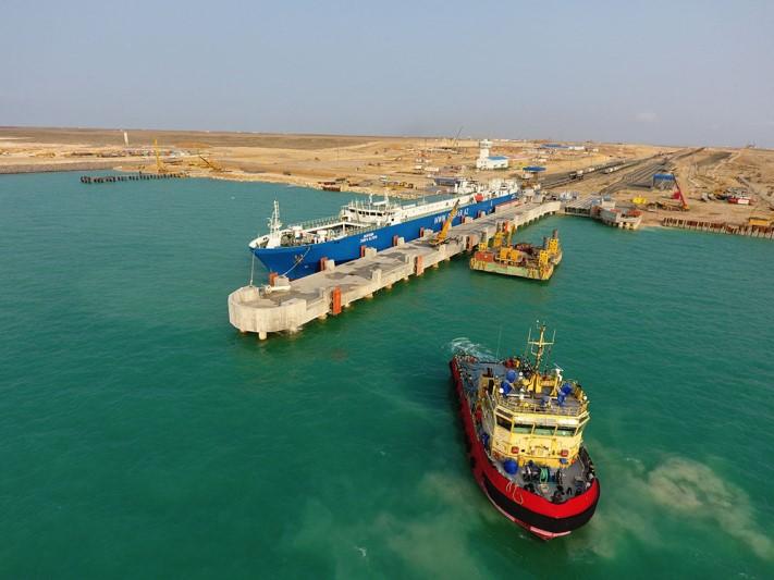 Quryq porty arqyly jylyna 4 mln tonnaǵa jýyq júk tasymaldanady