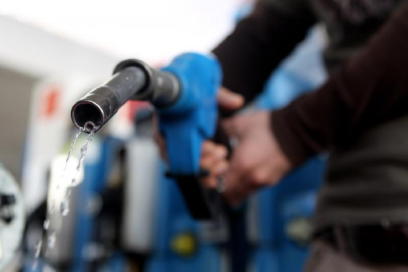 Kazakhstan to switch over to own gasoline, diesel fuel this year, says Dossayev