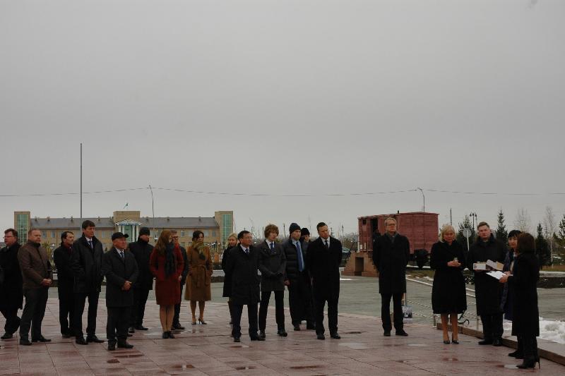 爱沙尼亚总理参观
