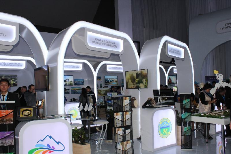 哈俄旅游展会在彼得罗巴甫尔举行