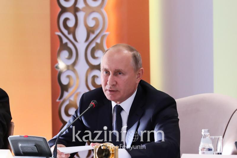 Владимир Путин: Келесі Қазақстан мен Ресейдің Өңіраралық форумы Омбыда өтеді