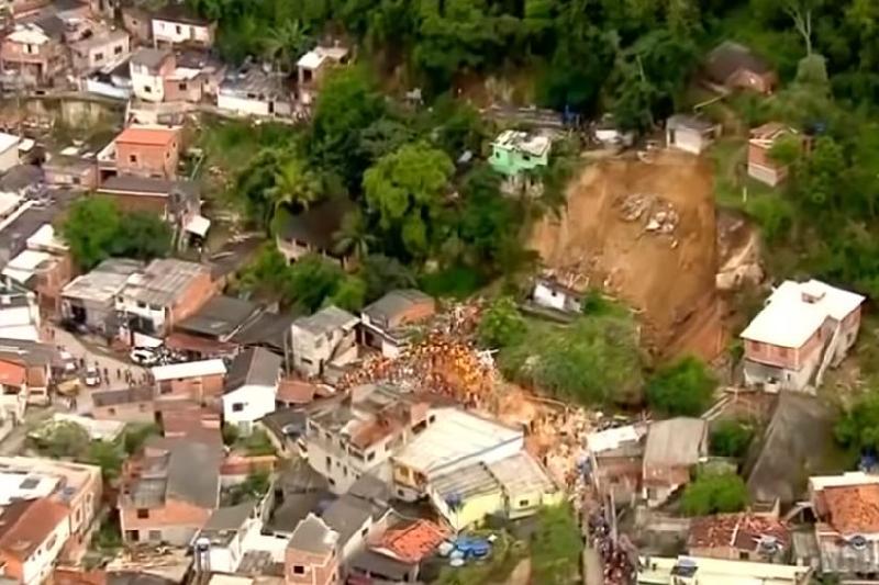 巴西山石砸倒民房事件死亡人数升至15人
