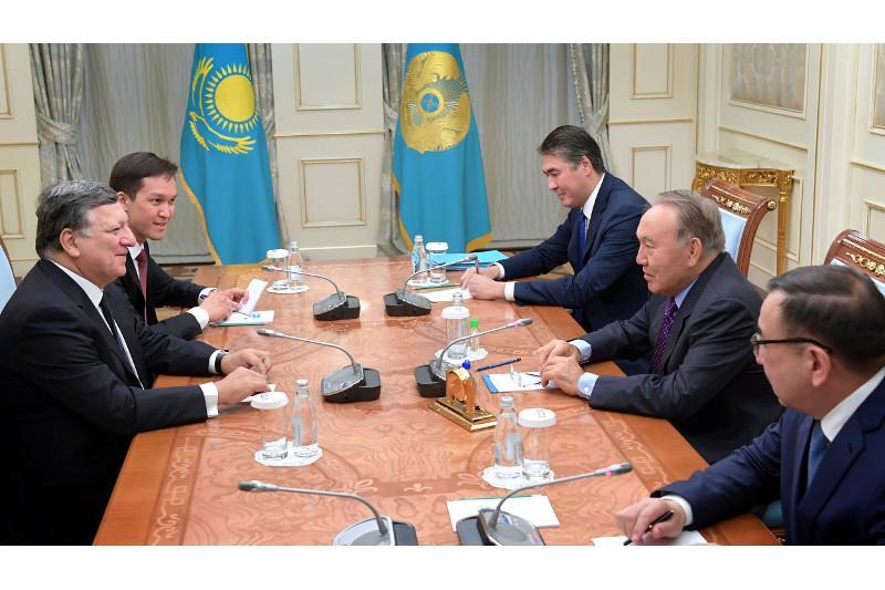 Nursultan Nazarbayev and José Manuel Barroso meet in Astana