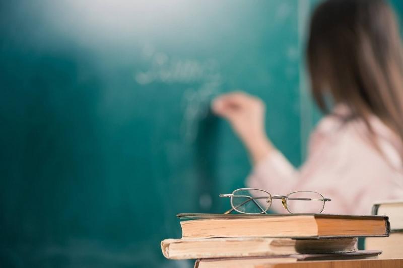Президент РК об обучении учителей английскому: Не надо это делать топорно