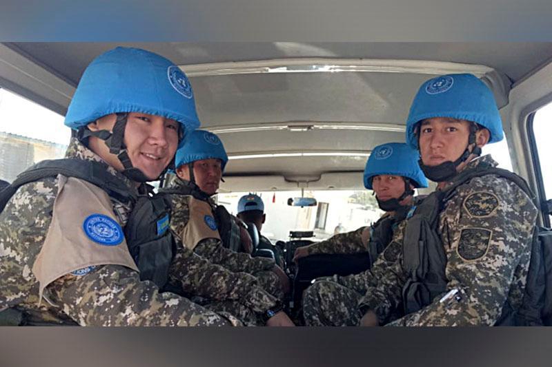 Флаг Казахстана поднят в восточном секторе Временных сил ООН в Ливане