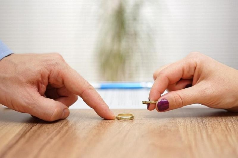 Снизить уровень разводов до 25% планируют в Казахстане  к 2030 году