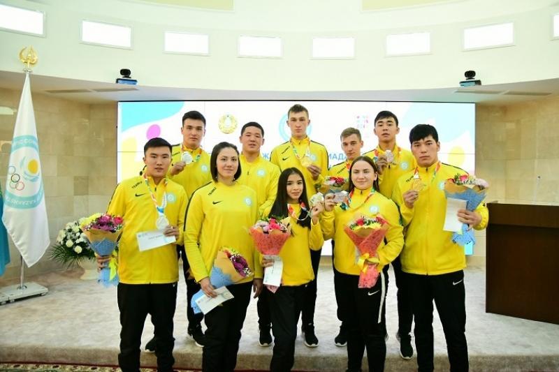 Астанада жасөспірімдер Олимпиадасының жеңімпаздарына ақшалай сыйақылар табысталды