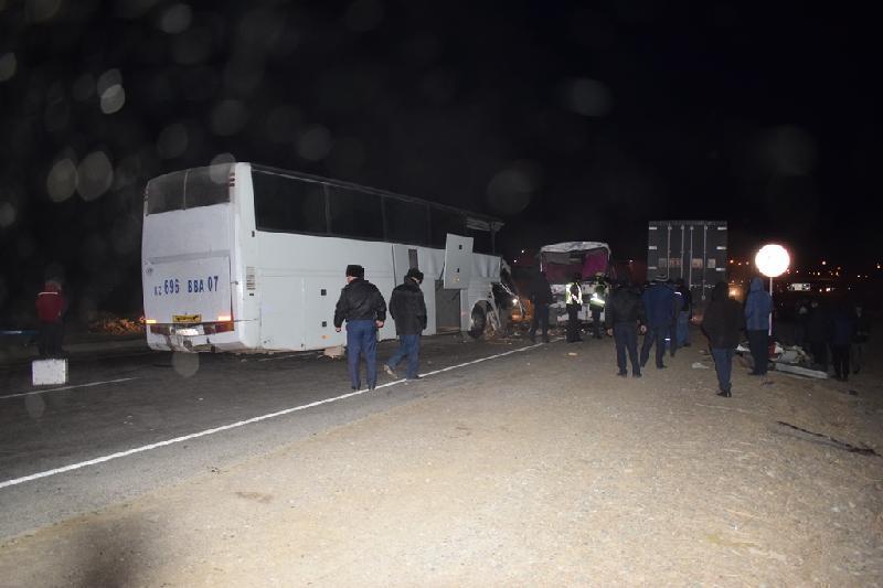 Как столкнулись автобусы в Кызылординской области: предварительная причина