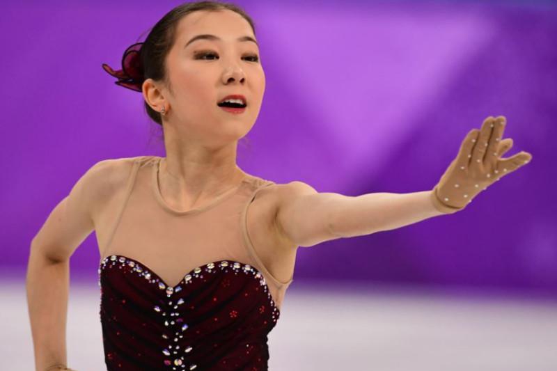 Elizabet Tursynbaeva lands triple axel at her practice
