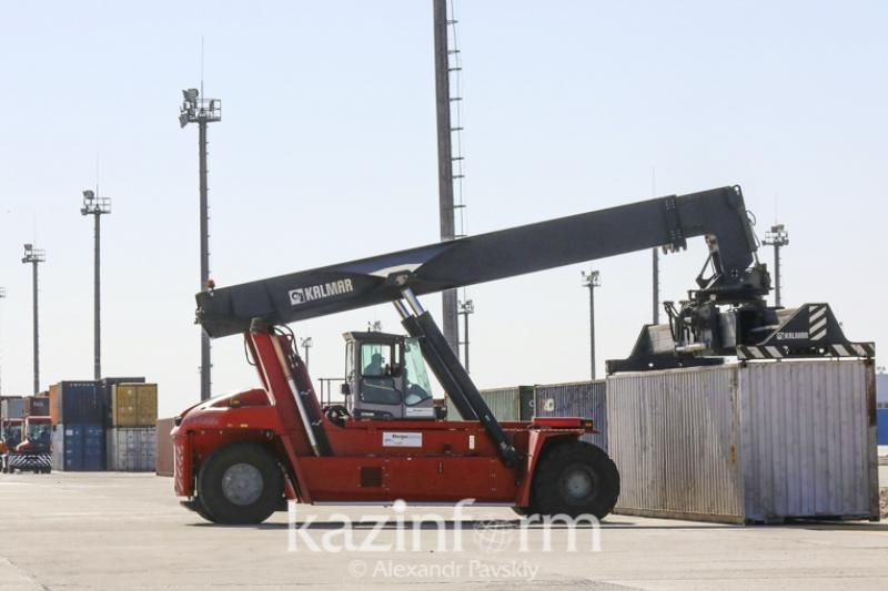 Container transportations via Kazakhstan increased by 49%