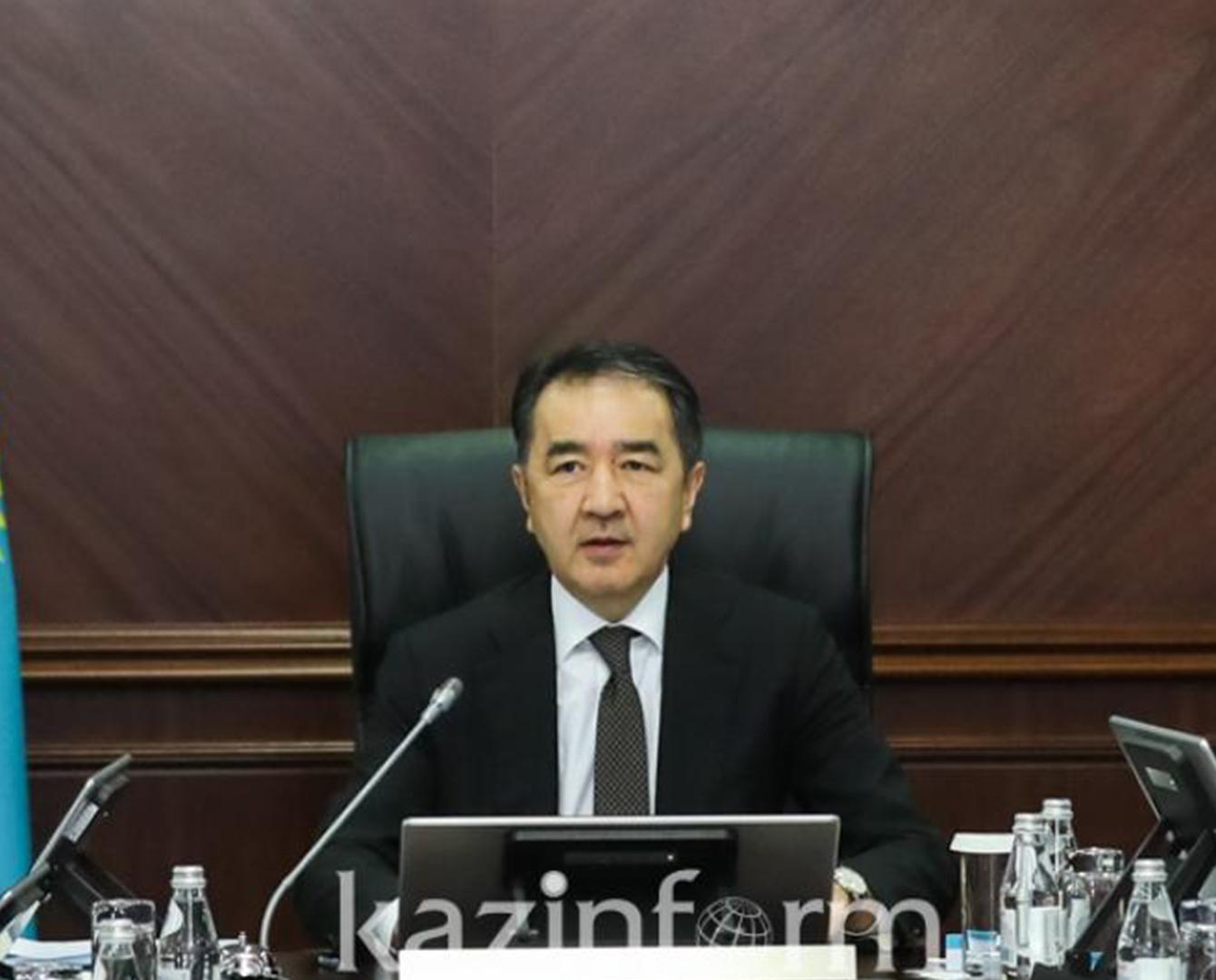 Бакытжан Сагинтаев поручил взять на контроль модернизацию инфраструктуры ЖКХ