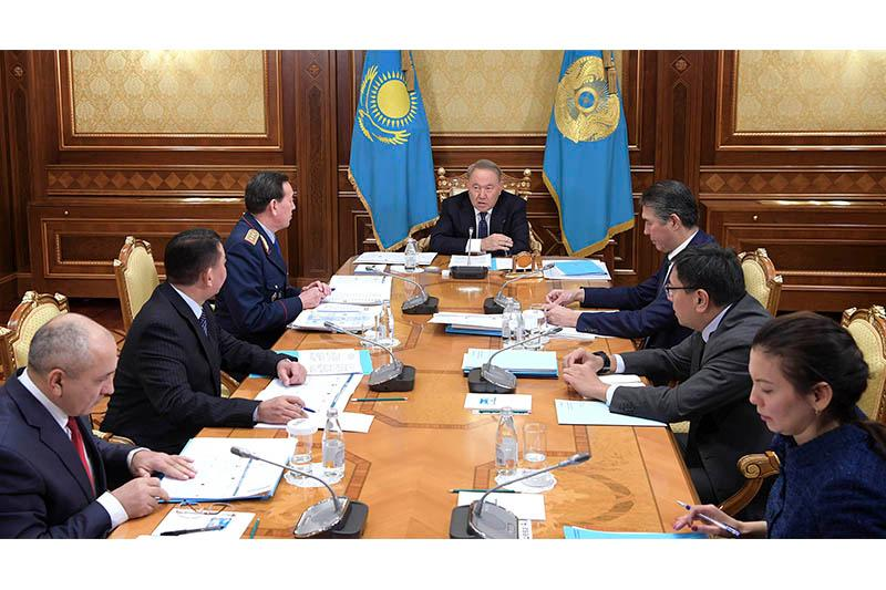 Нурсултан Назарбаев: Необходимо незамедлительно приступить к реформированию полиции
