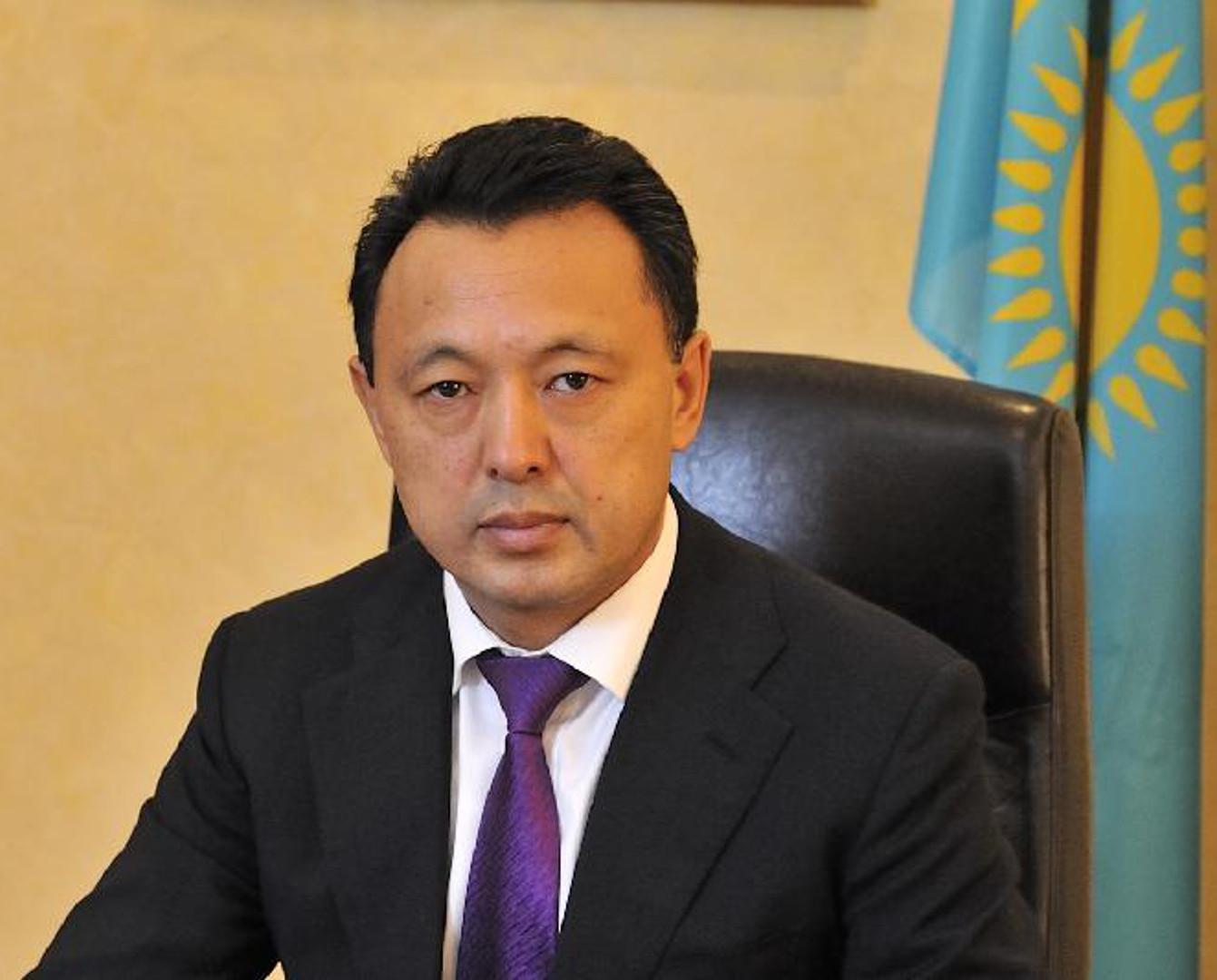前哈油气公司总裁孟巴耶夫改任哈铁公司总裁