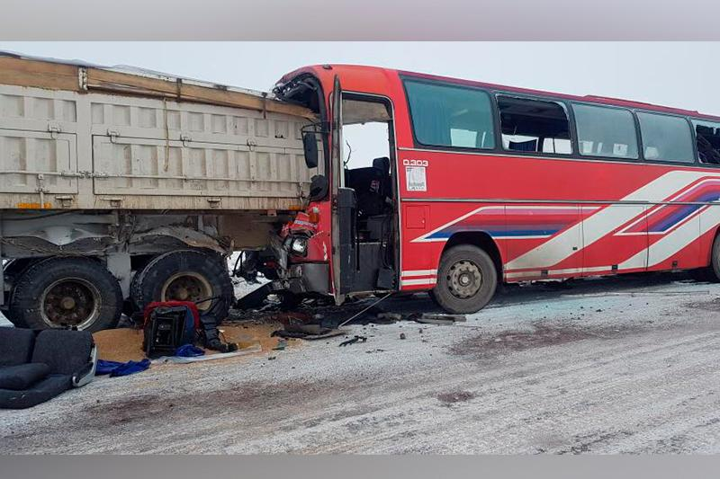 1 died, 9 injured in bus-truck collision in Karaganda region