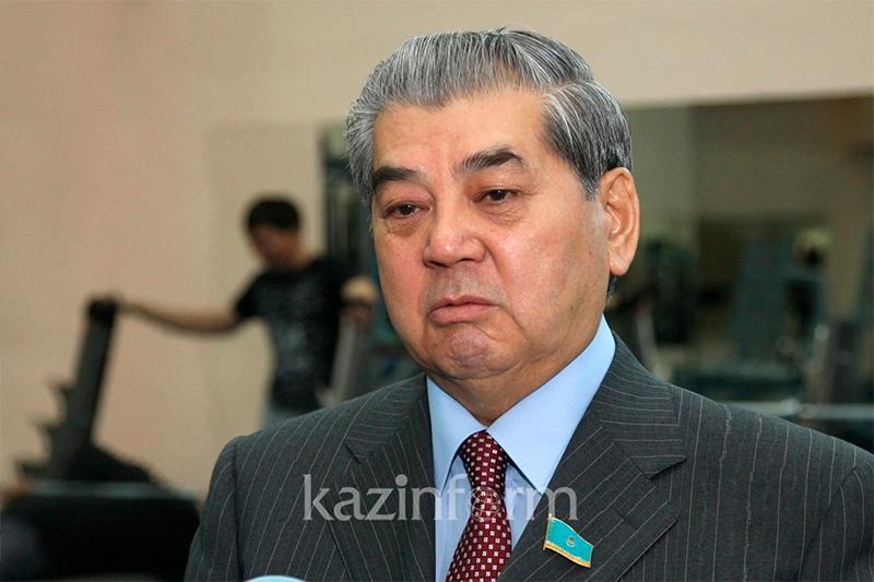 Представители власти должны лично общаться с гражданами - Куаныш Султанов