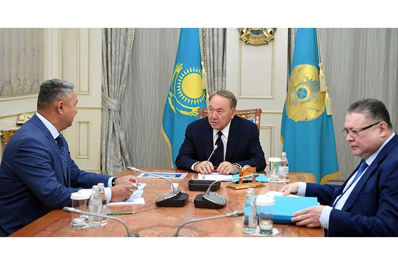 President Nazarbayev receives Head of Ak Zhol Party Peruashev