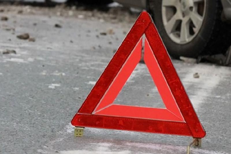 Автобус перевернулся на трассе Самара-Шымкент, погиб человек