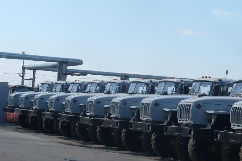 塞梅汽车制造厂计划年底前完成700辆重型越野卡车生产