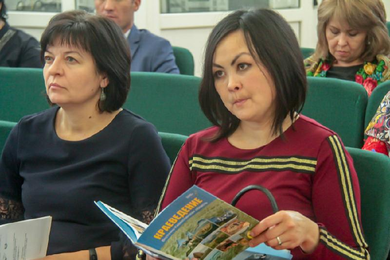 Первый учебник по краеведению выпустили в Восточном Казахстане