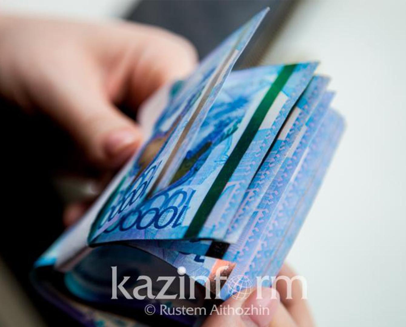 Увеличится зарплата более 190 тысяч казахстанских медработников с 1 января