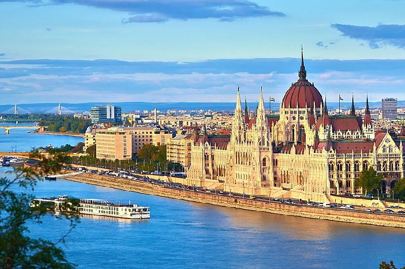 Венгрия жоғары оқу орындары қазақстандықтарға 250 оқу грантын бөлді