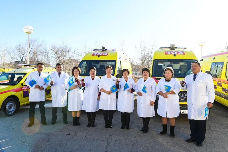 Қызылордалық медицина мекемелеріне автокөлік кілті тапсырылды