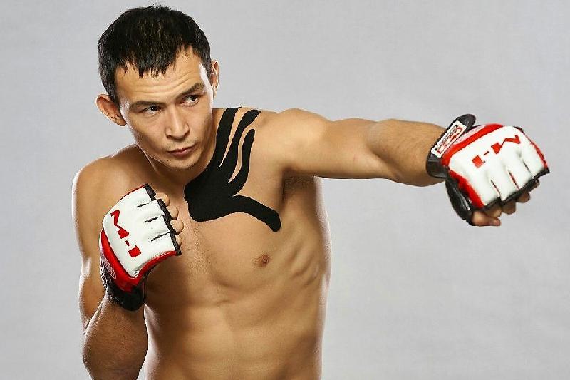 Дамир Исмағұлов UFC-дегі дебюттік айқасын жеңіспен бастады