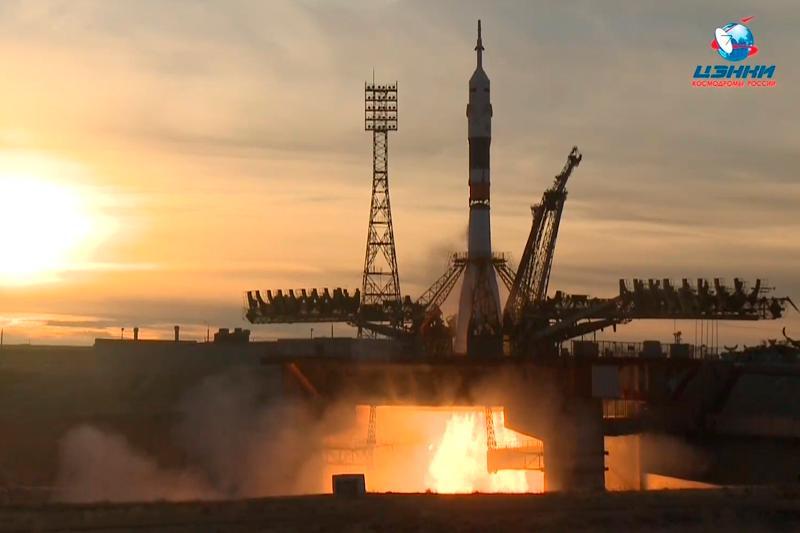 联盟MS-11飞船成功与国际空间站对接