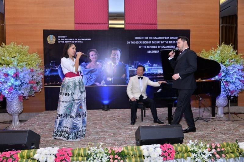 Ко Дню Первого Президента казахстанские артисты дали концерт в Индии