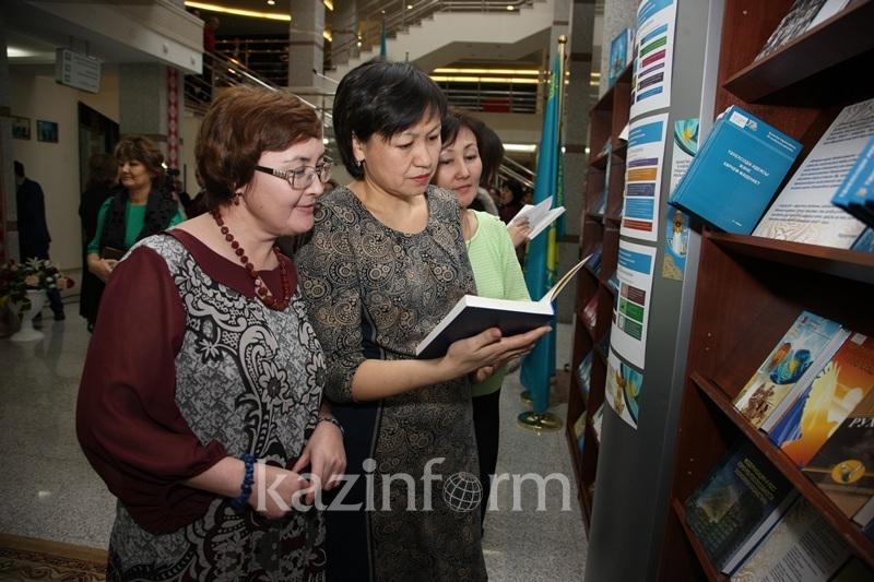 Столичные библиотеки предлагают использовать как крытые общественные пространства